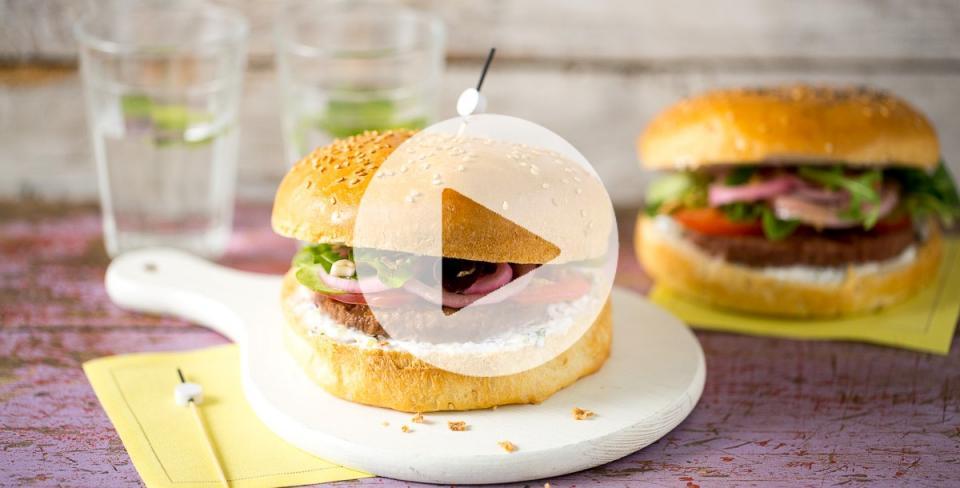 recette hamburger tout oignon tendre plus. Black Bedroom Furniture Sets. Home Design Ideas
